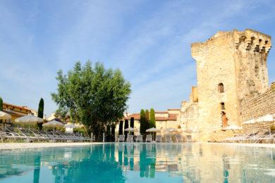 aquabella-hotel-a-spa-divers-1-1