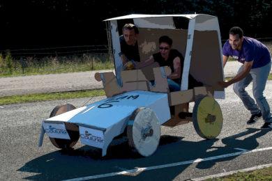 construction-de-voitures-en-carton-divers-1-1